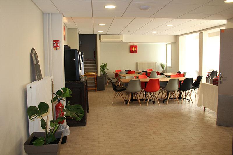 Salle à manger du logis Saint-François à vermenton