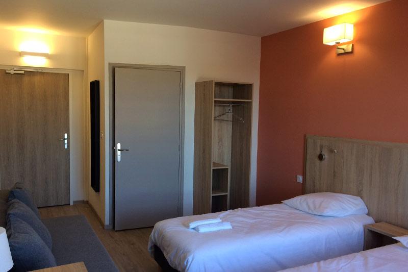 chambre du logis Saint-François à Vermenton