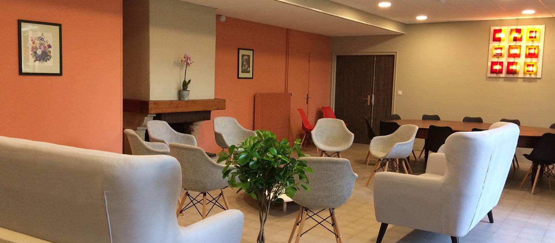 salle de détente au Logis Saint-François à Vermenton